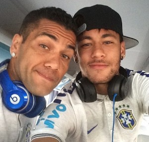 Fone_de_ouvidos_dos_jogadores_de_futebol_3