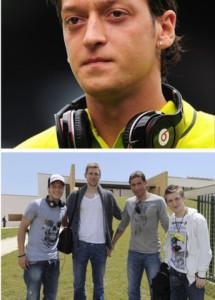 Fone_de_ouvidos_dos_jogadores_de_futebol_7