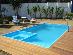 Fotos_de_modelos_de_piscinas_residenciais_12