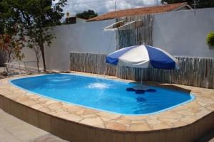 Fotos_de_modelos_de_piscinas_residenciais_14