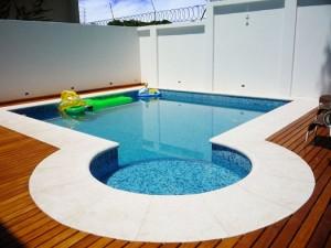 Fotos_de_modelos_de_piscinas_residenciais_16