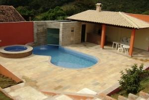 Fotos_de_modelos_de_piscinas_residenciais_9
