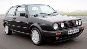 Fotos_do_Golf_Gti_com_rodas_esportivas_MKII
