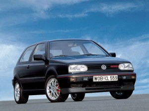 Fotos_do_Golf_Gti_com_rodas_esportivas_MKIII