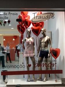 Como_fazer_vitrine_dia_dos_namorados_15