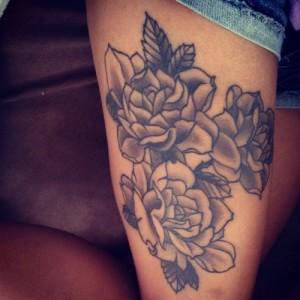 Tatuagem_feminina_na_perna_Fotos_11