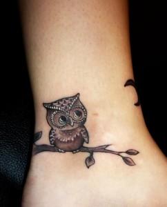 Tatuagem_feminina_na_perna_Fotos_5