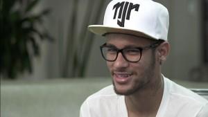 Oculos_do_Neymar_conheca_sua_colecao_11