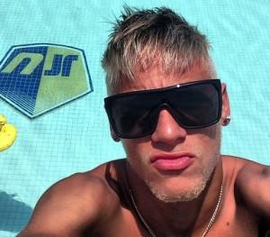 Oculos_do_Neymar_conheca_sua_colecao_9