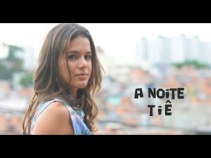 Musica A Noite La Notte da cantora Tie