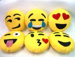 Como fazer almofadas personalizadas Emoji 2