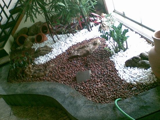 Veja modelos de jardim com pedras 2