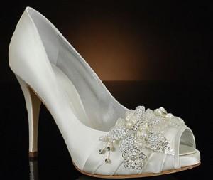Dicas e modelos de sapato de noiva 7