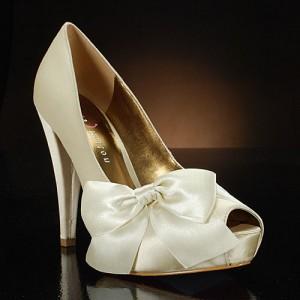 Dicas e modelos de sapato de noiva 8
