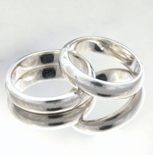 Modelo de anel de compromisso namoro