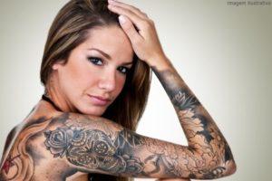 Fotos de tatuagens femininas no braço 7