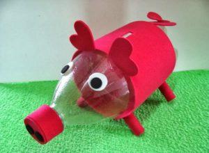 Como fazer cofre de porquinho com garrafa pet 2