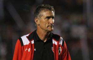 Edgardo Bauza nao vai ser mais o tecnico do SPFC 2