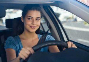 imagens de carros com mulheres 8