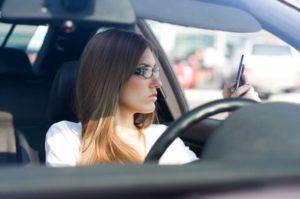 imagens de carros com mulheres 9