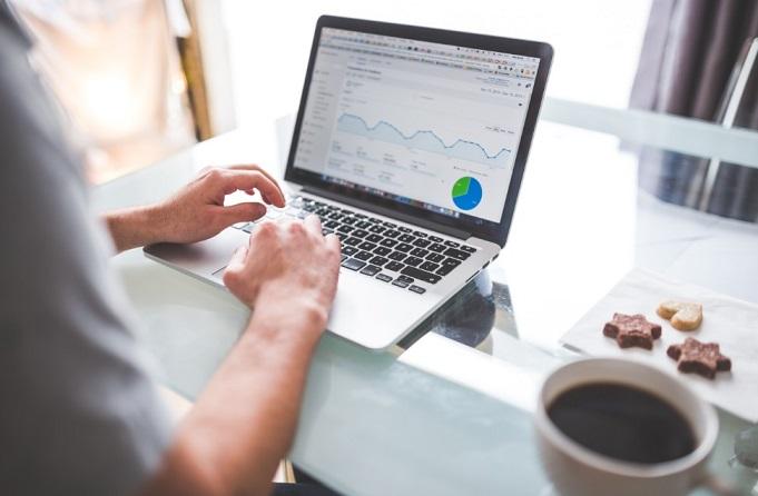 Como Trabalhar Na Internet e Ganhar Dinheiro De Verdade