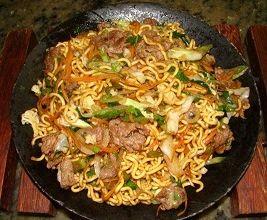 receita de yakissoba de carne e frango