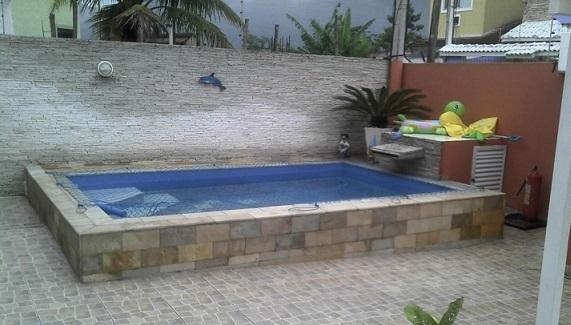 Modelos de casas pequenas com piscinas fotos for Albercas para casas pequenas